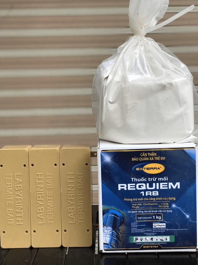 Giá thuốc diệt mối Requiem 1RB và hộp đựng bả (MỚI NHẤT)